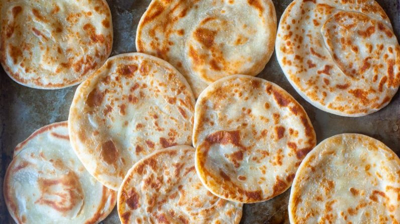 Rice Cooker Recipes layered yogurt flatbreads