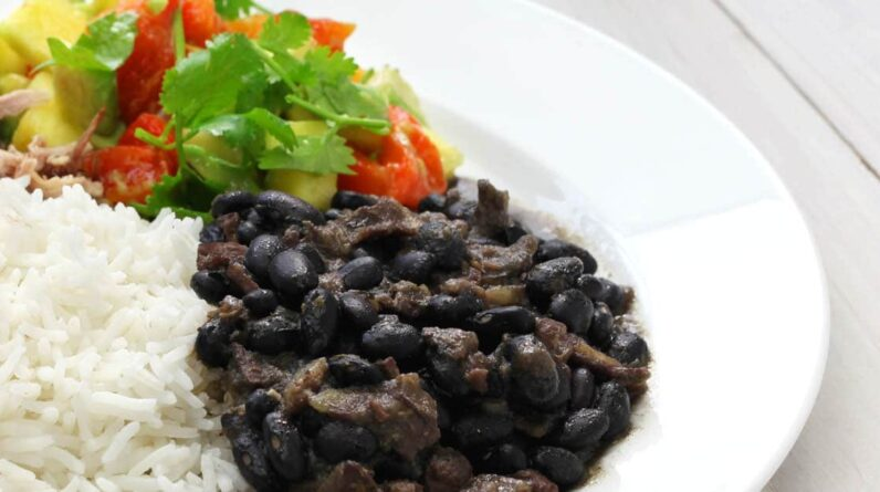 Rice Cooker Recipes Black Beans & Coconut Rice