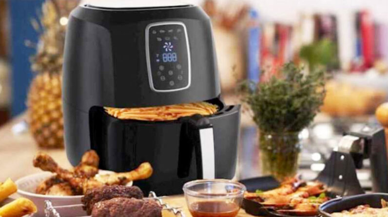 Best Air Fryer – Emerald Digital Air Fryer Just $39.99 Shipped on BestBuy.com (Regularly $140) | Great Reviews